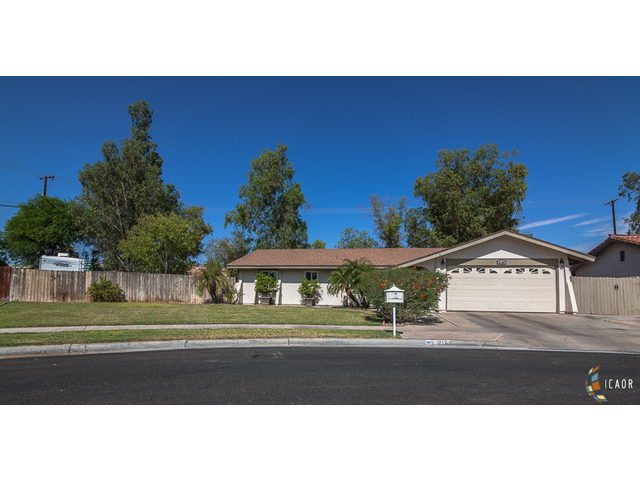 Photo of 2148 WOODSIDE DR, El Centro Imperial Valley Real Estate and Imperial Valley Homes for Sale