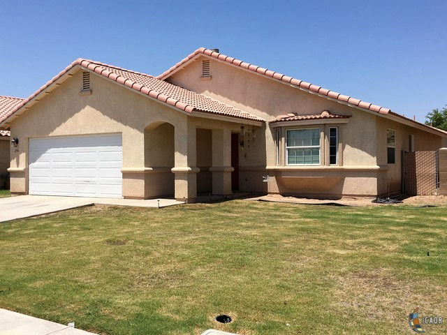 Photo of 256 LA PAZ DR, Imperial Imperial Valley Real Estate and Imperial Valley Homes for Sale