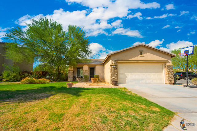Photo of 662 COSTA AZUL ST, Imperial Imperial Valley Real Estate and Imperial Valley Homes for Sale