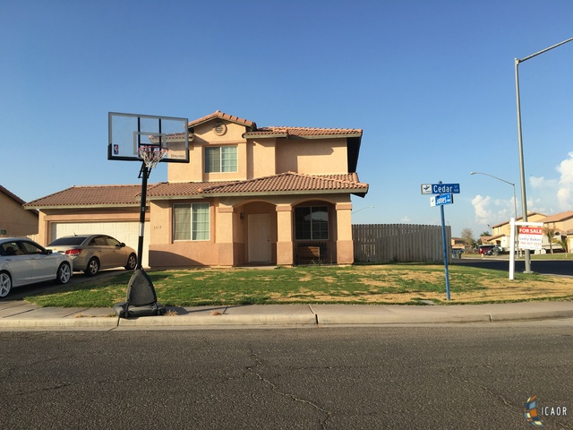 Photo of 1112 CEDAR CT, Brawley Imperial Valley Real Estate and Imperial Valley Homes for Sale