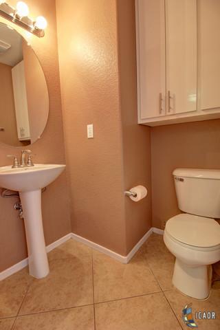rak ceramics bathroom tiles