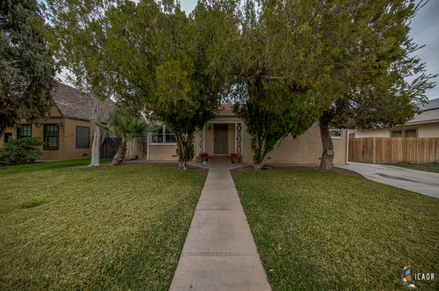 Photo of 556 SANDALWOOD DR, El Centro Imperial Valley Real Estate and Imperial Valley Homes for Sale