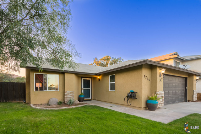 Photo of 1215 CHAPARRAL CT, Imperial Imperial Valley Real Estate and Imperial Valley Homes for Sale