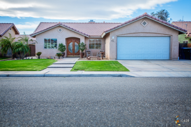 Photo of 974 H DE LA VEGA DR, Calexico Imperial Valley Real Estate and Imperial Valley Homes for Sale