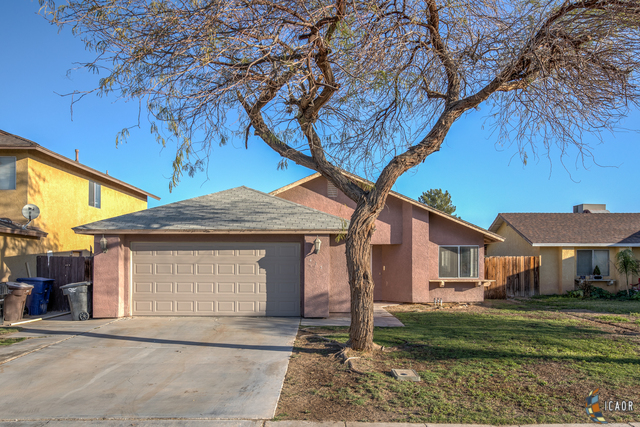 Photo of 413 CHISOLM TRL, Imperial Imperial Valley Real Estate and Imperial Valley Homes for Sale