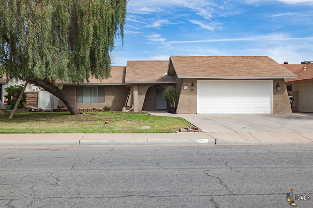 Photo of 321 W JONES ST, Brawley Imperial Valley Real Estate and Imperial Valley Homes for Sale
