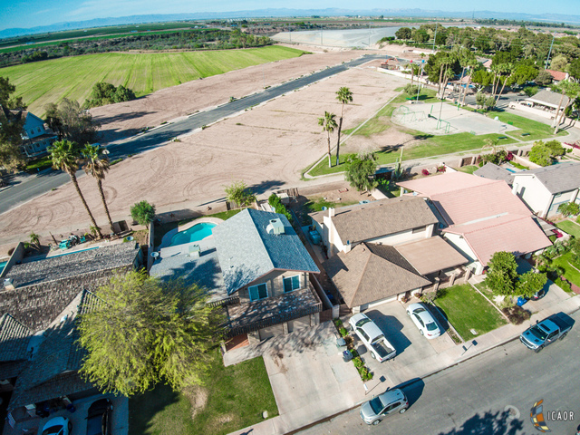 Photo of 255 RIVERWOOD DR, Brawley Imperial Valley Real Estate and Imperial Valley Homes for Sale