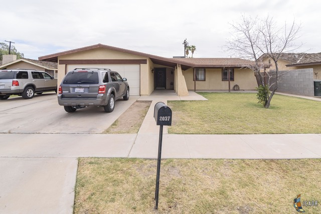 Photo of 2037 WILLOW DR, El Centro Imperial Valley Real Estate and Imperial Valley Homes for Sale