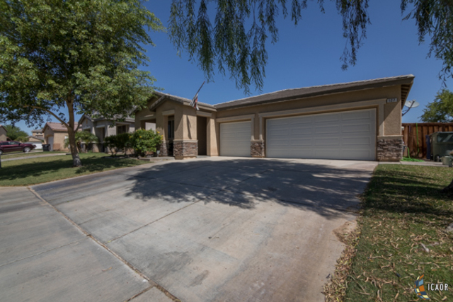 Photo of 127 MACKENZIE PL, Brawley Imperial Valley Real Estate and Imperial Valley Homes for Sale