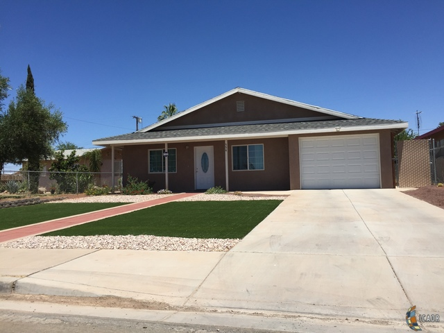 Photo of 554 TAMARACK ST, Holtville Imperial Valley Real Estate and Imperial Valley Homes for Sale