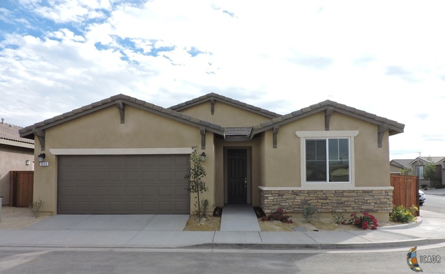 Photo of 335 Marigold PL, Brawley Imperial Valley Real Estate and Imperial Valley Homes for Sale