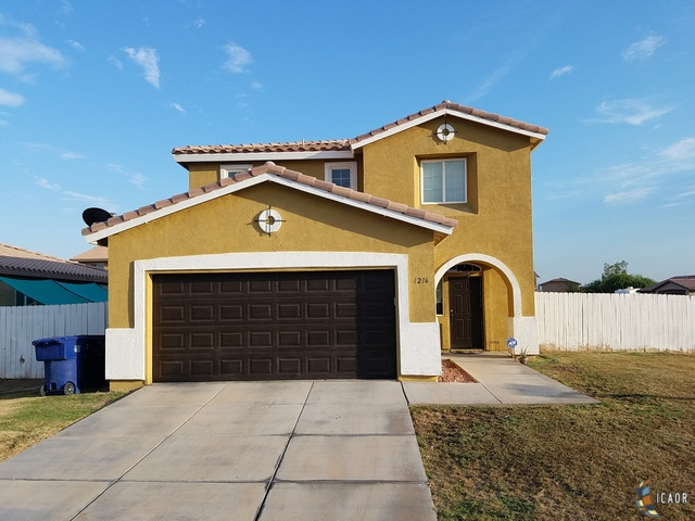 Photo of 1216 D HINOJOSA ST, Calexico Imperial Valley Real Estate and Imperial Valley Homes for Sale