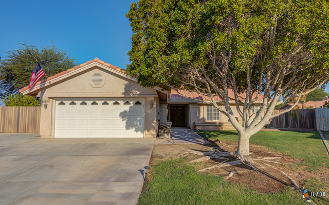 Photo of 572 LARKSPUR LN, Imperial Imperial Valley Real Estate and Imperial Valley Homes for Sale