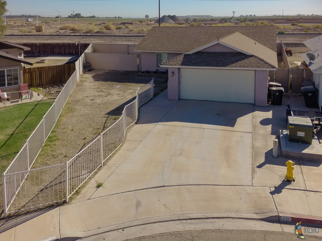 Photo of 424 Roadrunner LN, Imperial Imperial Valley Real Estate and Imperial Valley Homes for Sale