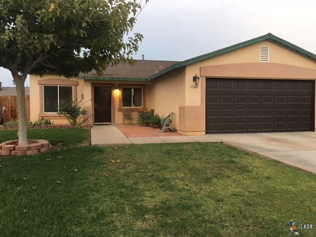 Photo of 1304 DAVID NAVARRO AVE, Calexico Imperial Valley Real Estate and Imperial Valley Homes for Sale