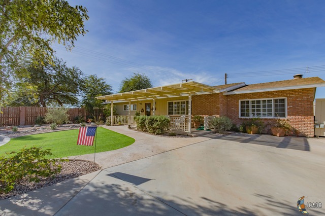 Photo of 847 ORITA DR, Brawley Imperial Valley Real Estate and Imperial Valley Homes for Sale
