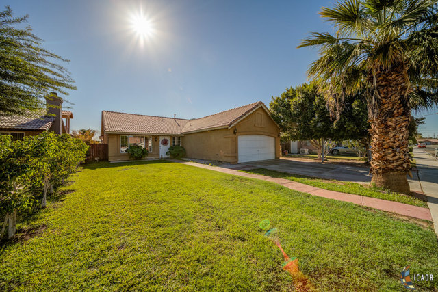 Photo of 950 SANTA ANA ST, Calexico Imperial Valley Real Estate and Imperial Valley Homes for Sale