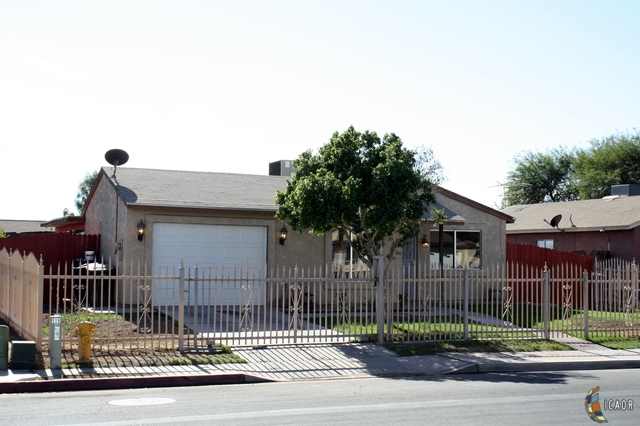 Photo of 1148 CAMINO DEL RIO, Calexico Imperial Valley Real Estate and Imperial Valley Homes for Sale