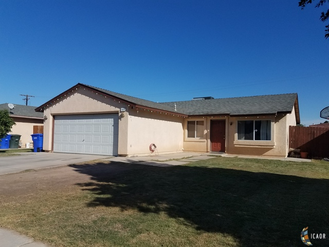 Photo of 828 OAK AVE, Holtville Imperial Valley Real Estate and Imperial Valley Homes for Sale