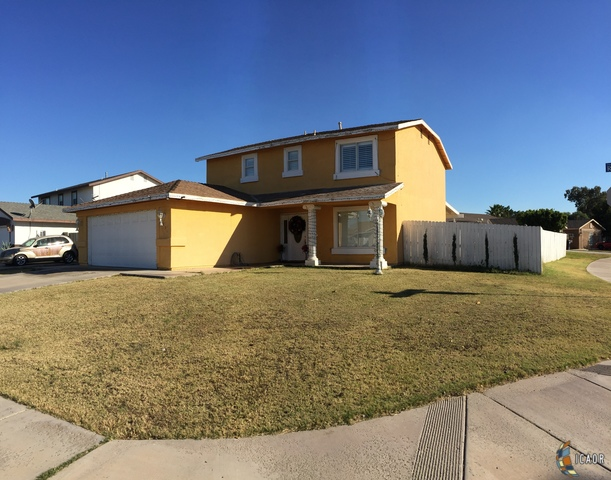 Photo of 1236 RAINBOW AVE, Calexico Imperial Valley Real Estate and Imperial Valley Homes for Sale