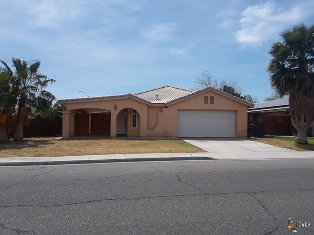 Photo of 1304 MEADOW DR, Calexico Imperial Valley Real Estate and Imperial Valley Homes for Sale
