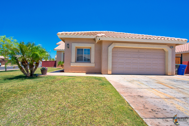 Photo of 1098 CHAPARRAL DR, El Centro Imperial Valley Real Estate and Imperial Valley Homes for Sale