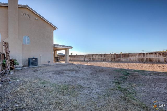 Photo of 902 FARMER DR, El Centro real estate for sale