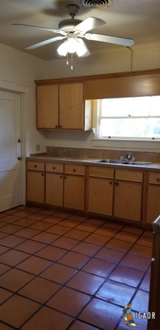 Photo of 674 WENSLEY AVE, El Centro real estate for sale
