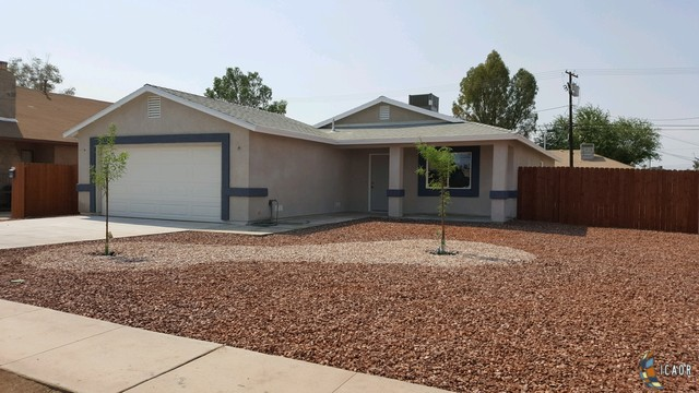 Photo of 673 W OLIVE AVE, El Centro real estate for sale