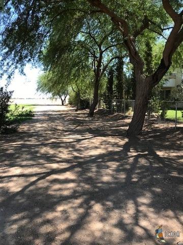 Photo of 1555 BROCKMAN RD, El Centro real estate for sale