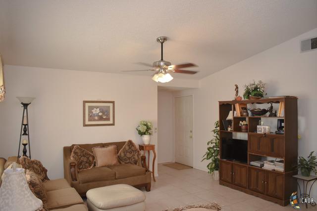 Photo of 257 AURORA DR, El Centro real estate for sale