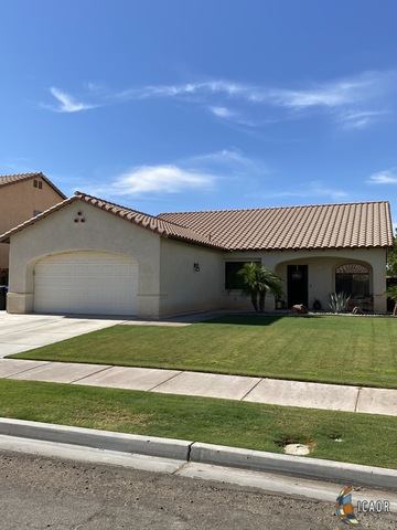 Photo of 902 JACARANDA DR, El Centro Imperial Valley Real Estate and Imperial Valley Homes for Sale