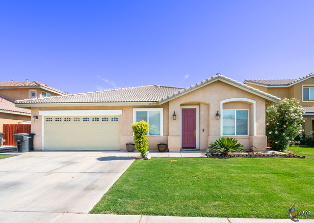 Photo of 203 COUNTRYSIDE DR, El Centro Imperial Valley Real Estate and Imperial Valley Homes for Sale