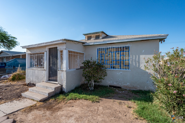 Photo of 130 W Orange Ave, El Centro Imperial Valley Real Estate and Imperial Valley Homes for Sale