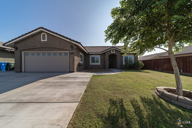 Photo of 984 Santillan ST, Brawley Imperial Valley Real Estate and Imperial Valley Homes for Sale