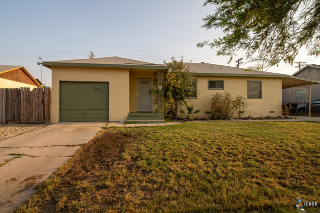 Photo of 1591 W Holt Ave, El Centro Imperial Valley Real Estate and Imperial Valley Homes for Sale